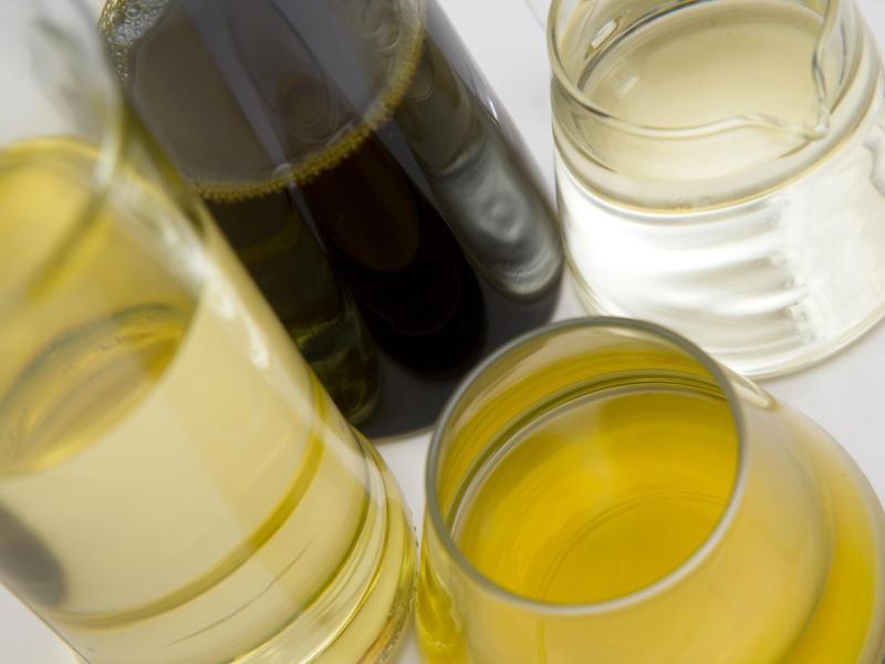 Bild zu Verschiedene Ölsorten