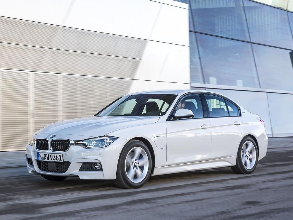 Bild zu BMW 330e iPerformance