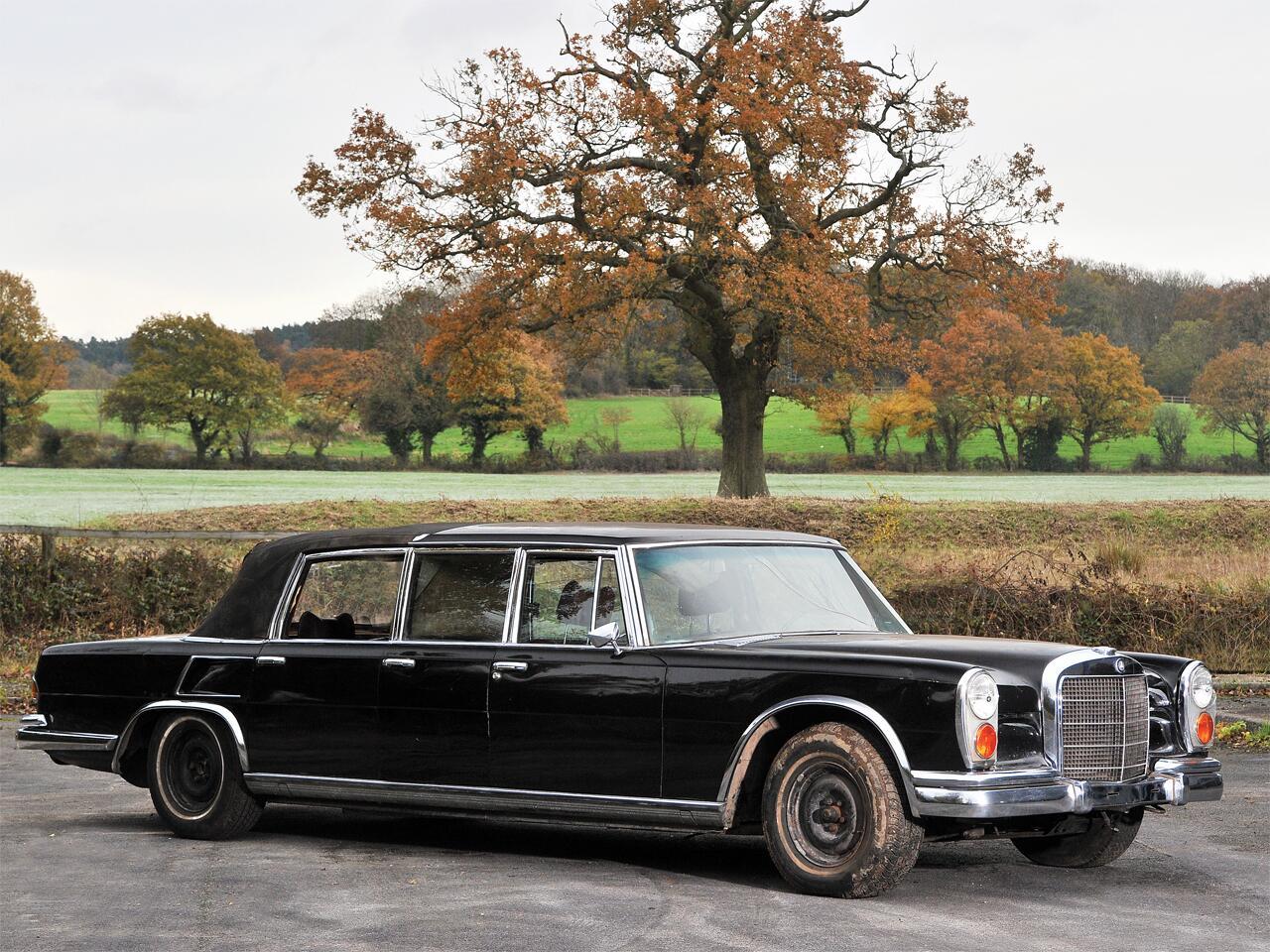 Bild zu 1971 Mercedes-Benz 600 'Six-Door' Pullman Landaulet