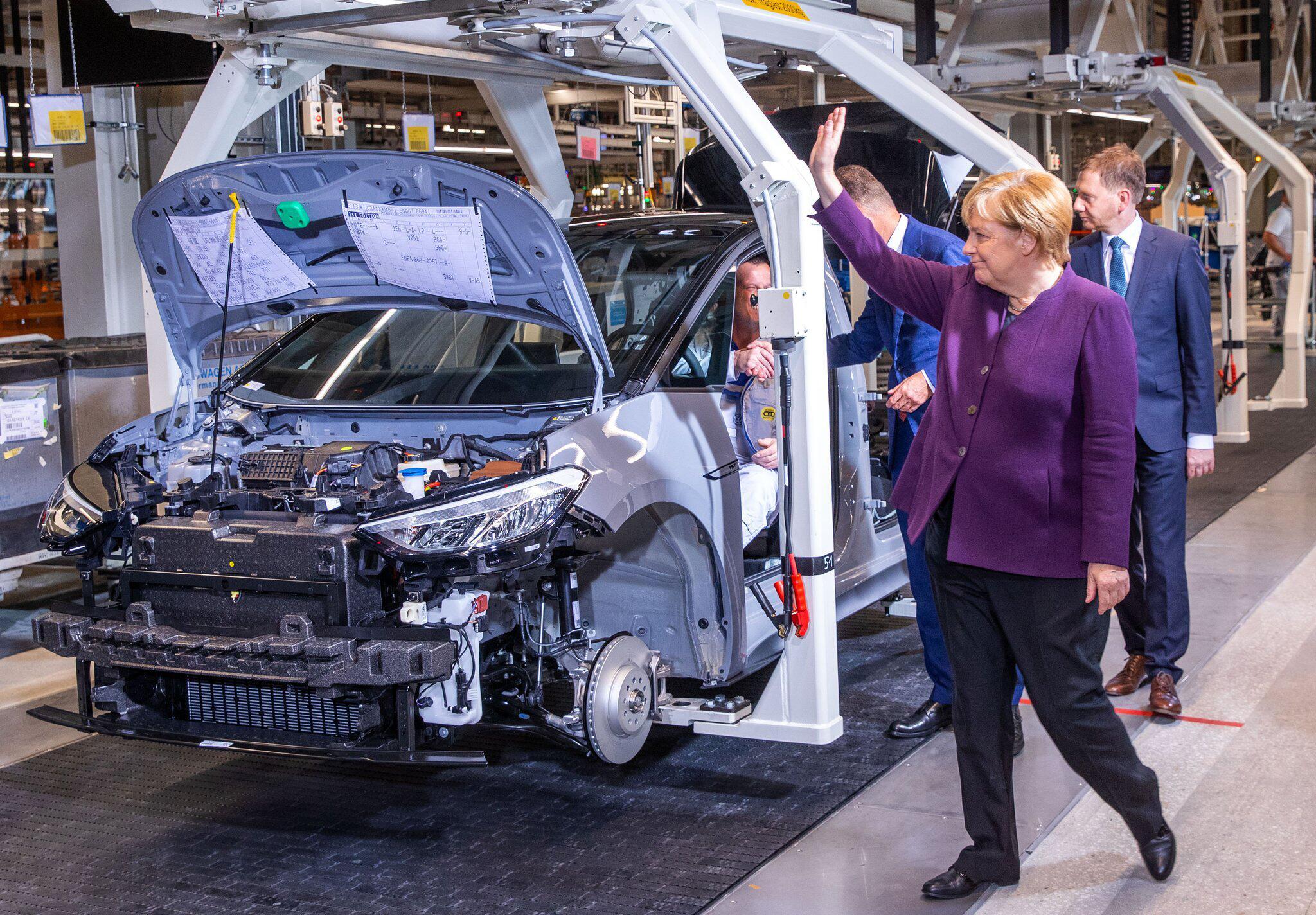 Bild zu Merkel