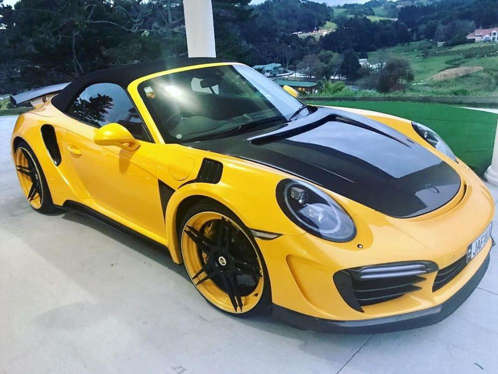 bumblebee vom tuner topcar carbon porsche 911 turbo s cabriolet web de. Black Bedroom Furniture Sets. Home Design Ideas