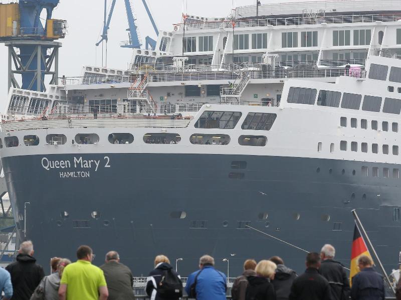 Bild zu Kreuzfahrtschiff Queen Mary 2