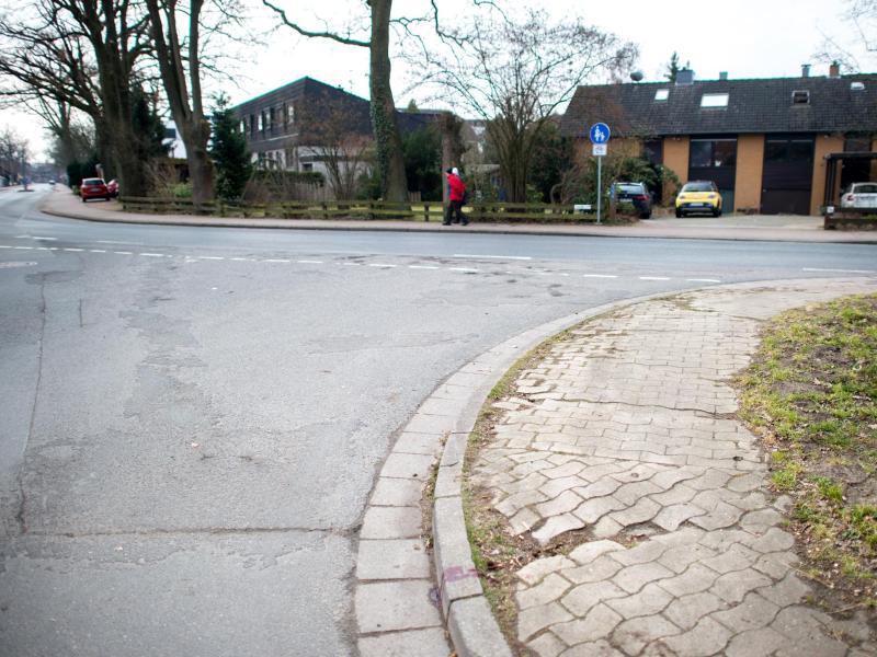 Bild zu Frau in Großburgwedel niedergestochen