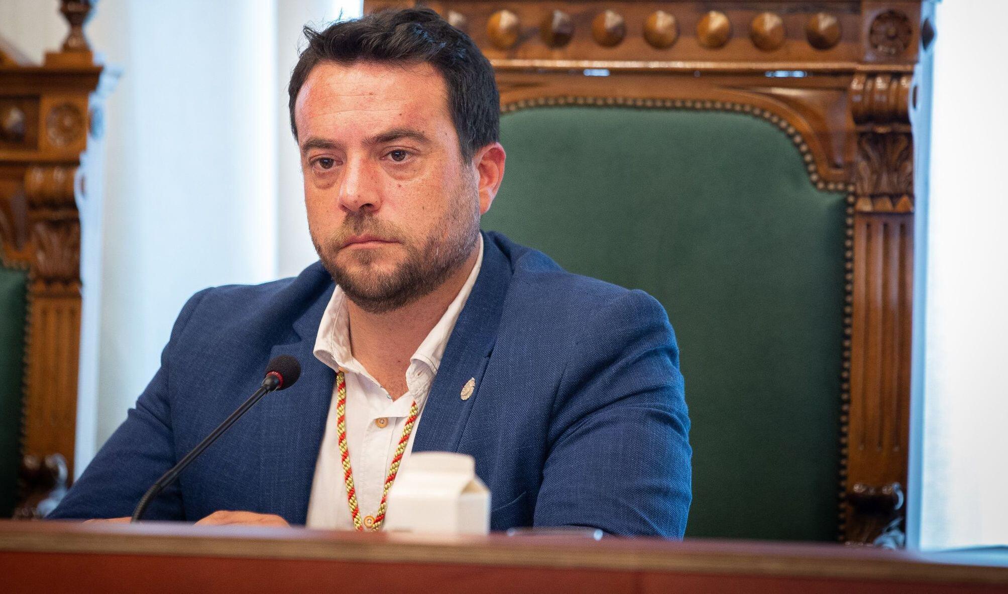Bild zu Bürgermeister der katalanischen Küstenstadt Badalona tritt ab
