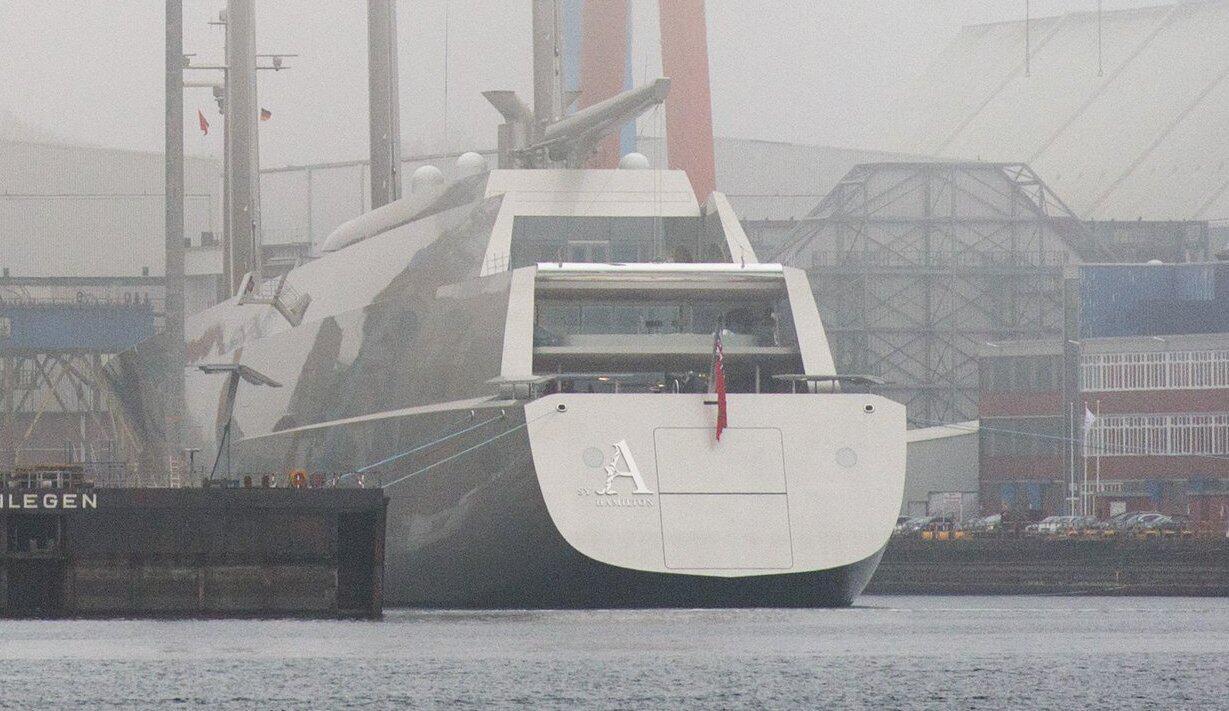 Bild zu Mega sailing yacht 'Sailing Yacht A'