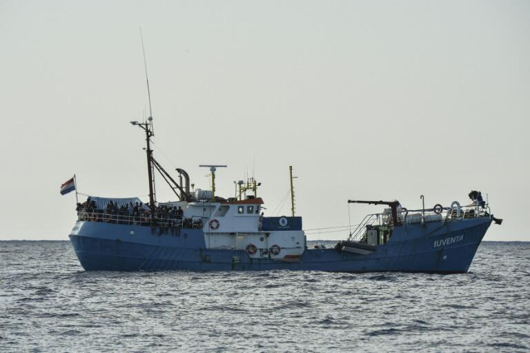 """Bild zu Die """"Iuventa"""" im Mittelmeer"""