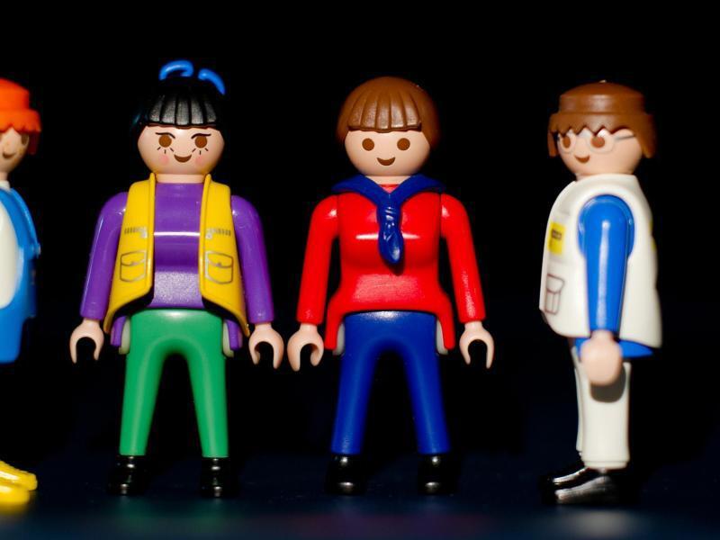Bild zu Spielfiguren in Arbeitskleidung