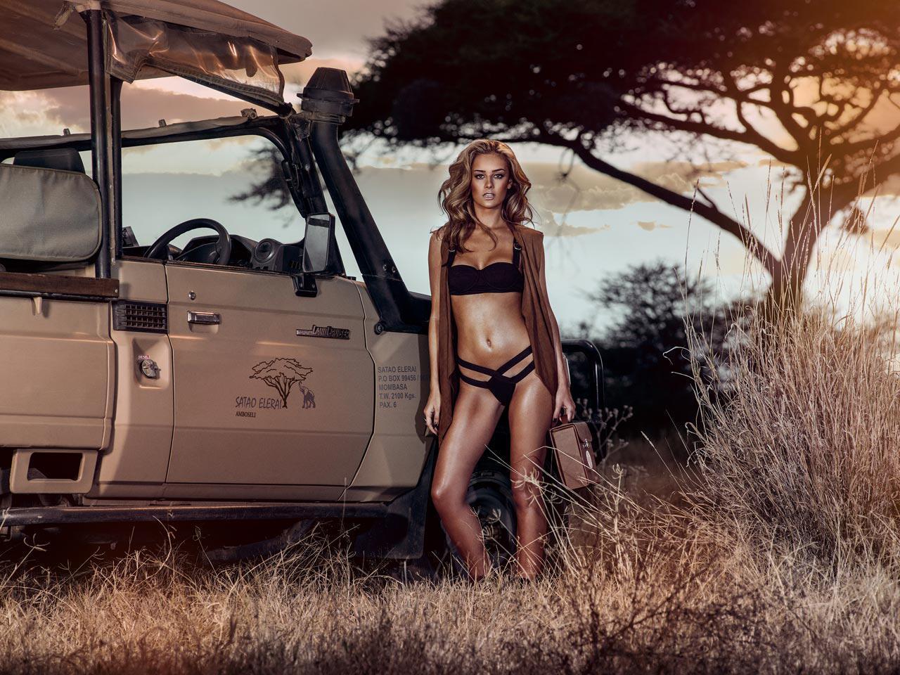 Bild zu Tuning-Kalender 2015: Veronika Klimovits in Kenia