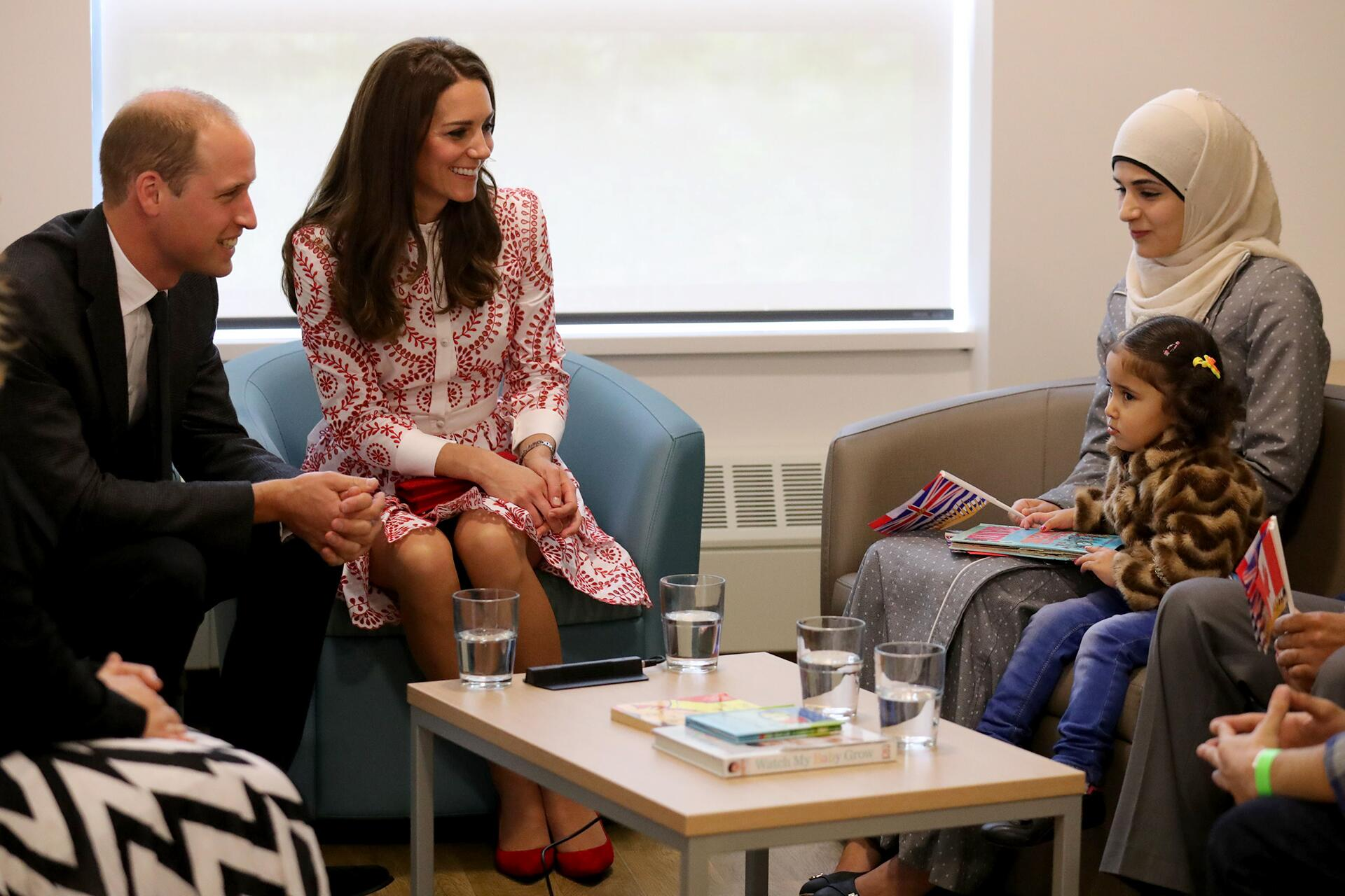 Bild zu Royals, William, Kate, Flüchtlinge