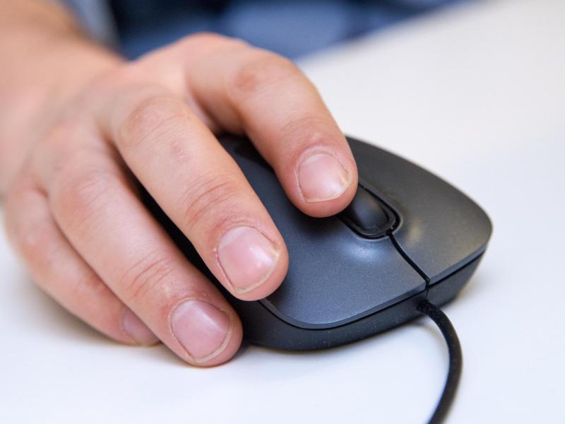Bild zu Wenn die Maus Mätzchen macht
