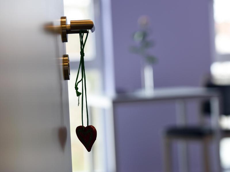 Bild zu Ein Herz hängt an der Tür