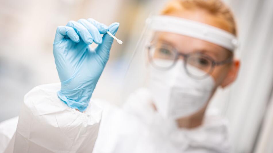 Coronavirus - Testzentrum in Hannover