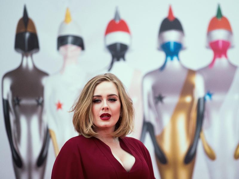 Bild zu Brit Awards - Adele
