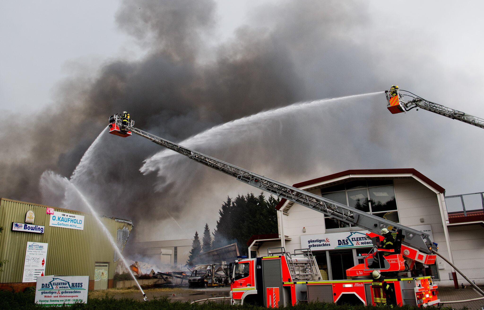 Bild zu Fire at bowling alley in Germany