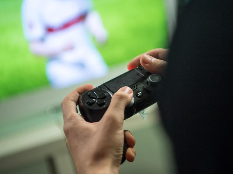 Bild zu Bestseller «FIFA 18»