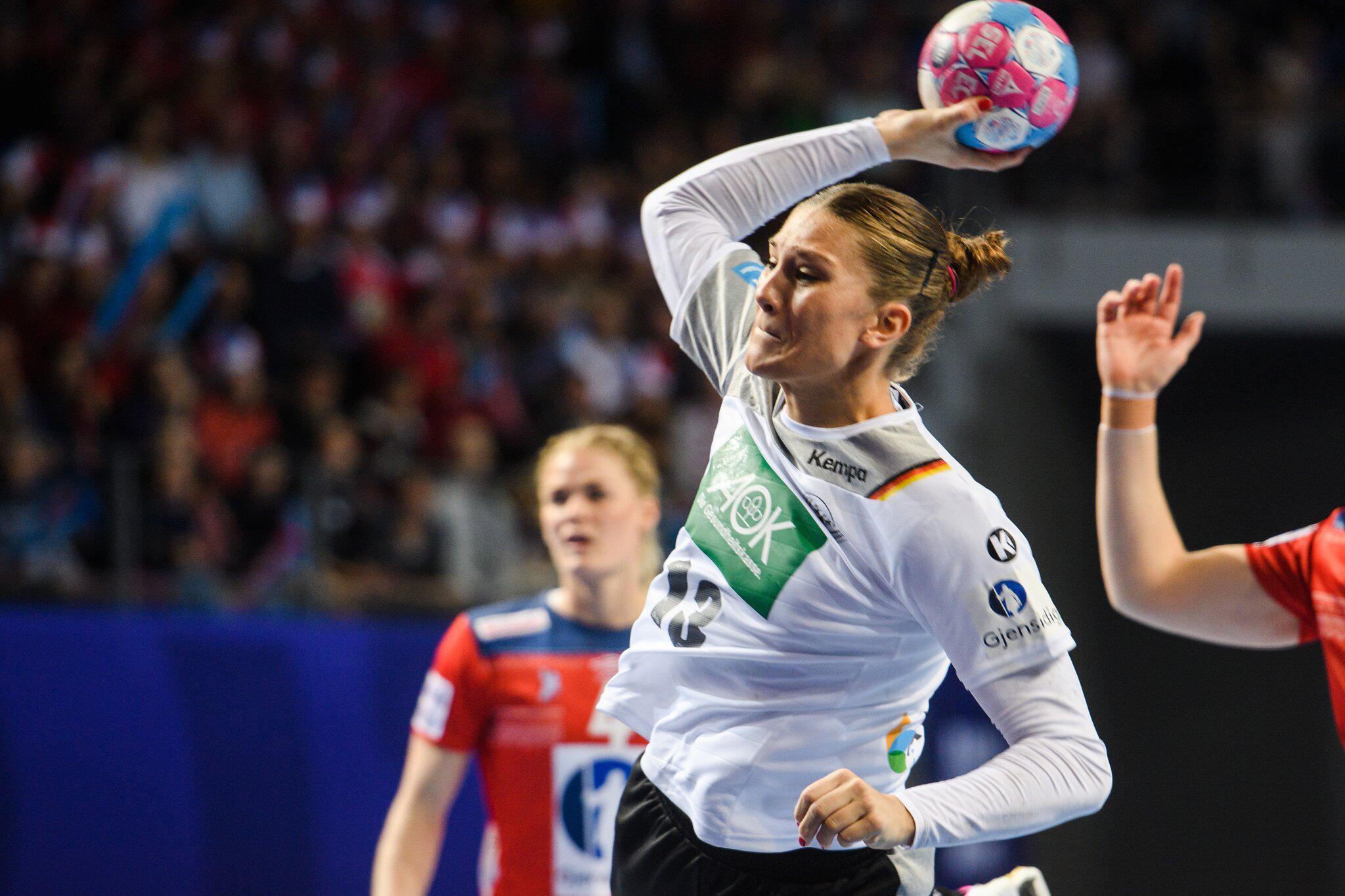 Bild zu Handball, EM, Norwegen - Deutschland, Julia Behnke