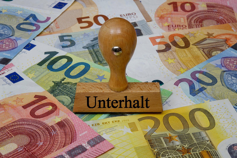 Bild zu Unterhaltsstempel und Geldscheine