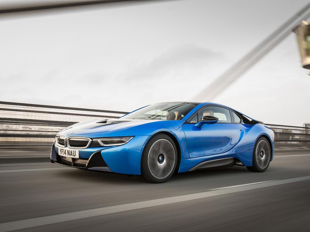 Bild zu Platz 8: BMW i8