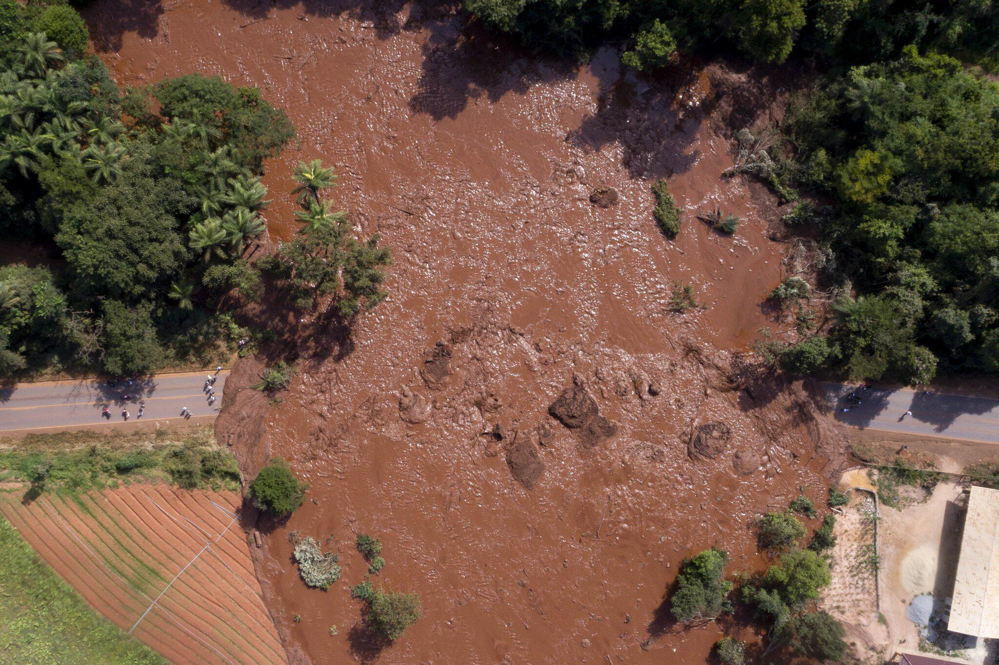 Dammbruch in Brasilien: Helfer finden immer mehr Tote