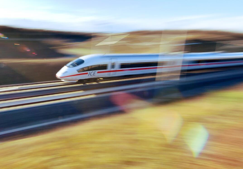 Bild zu Pk zu 100 Tage Betrieb auf der ICE-Trasse Berlin-München