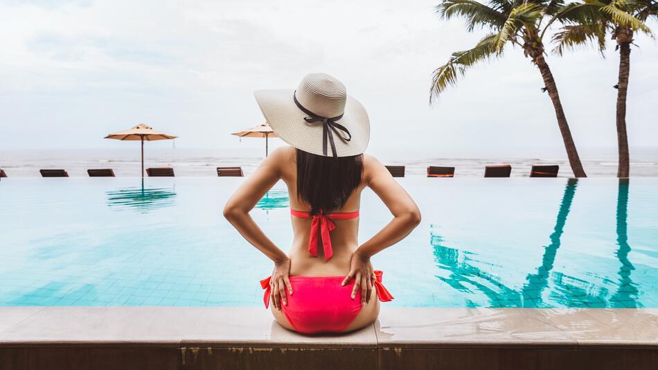 Bikini, Badeanzug, Badehose, Sommer, Strand, Bademode, Baden, Wasser, Schwimmen