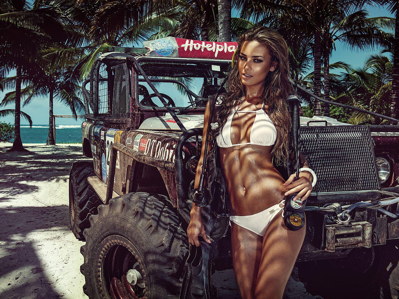 Bild zu Miss Tuning Kalender 2015