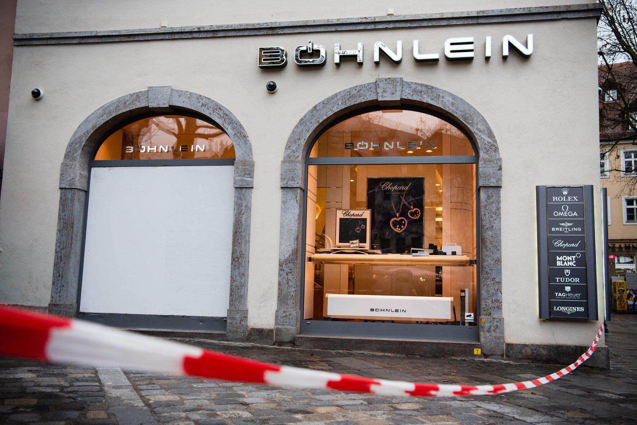 Bild zu Car drives in Bamberg jewellery shop