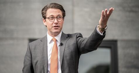 Bundesverkehrsminister Scheuer fördert Wasserstofftechnologie