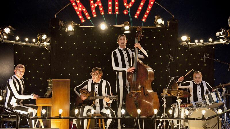 Felix Murot (Ulrich Tukur, links, mit den Rhythmus Boys) musiziert lieber statt zu ermitteln.