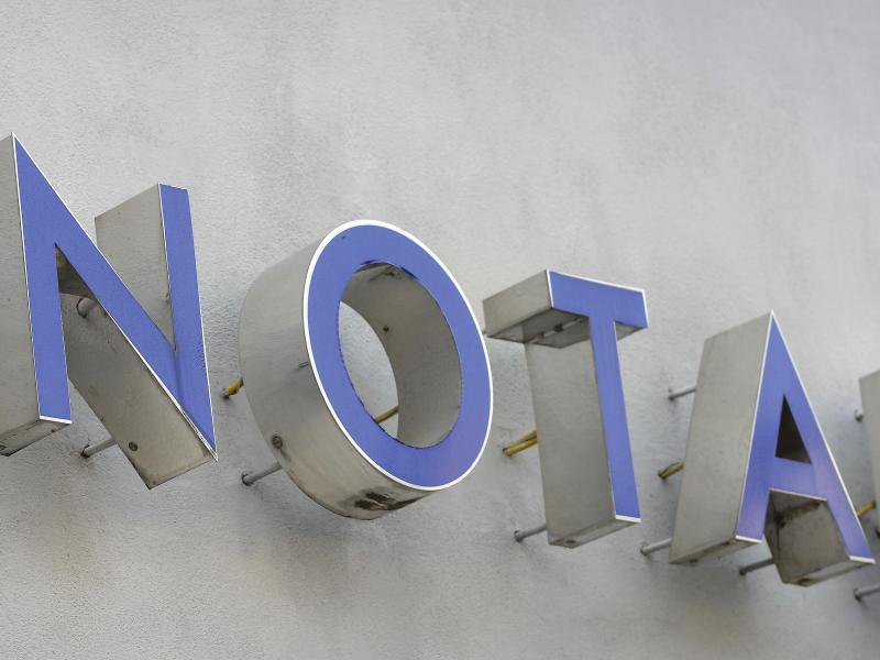 Bild zu Notar