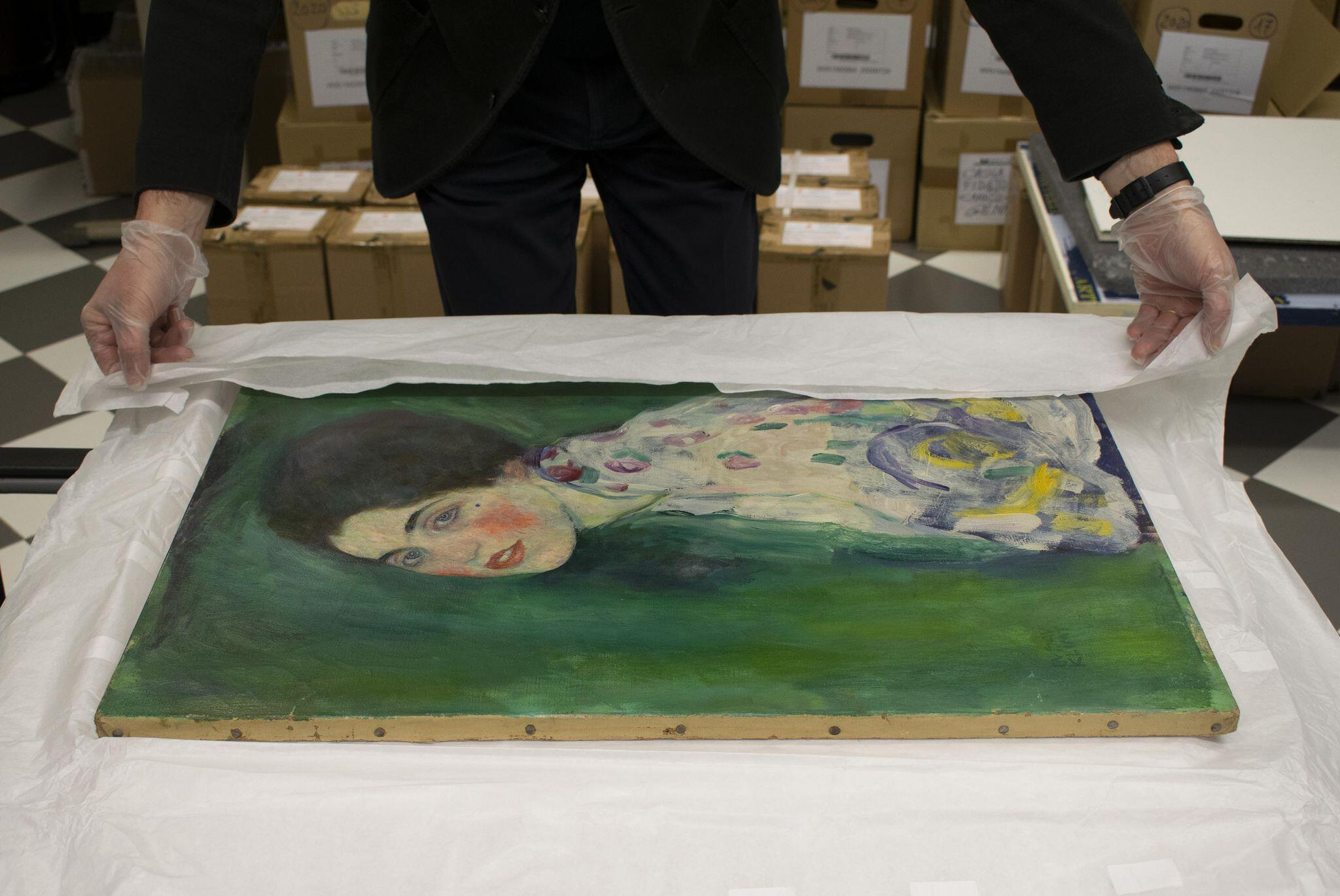 Bild zu Präsentation des wiederentdeckten Klimt-Gemäldes in Piacenza