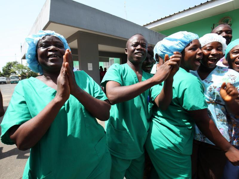 Bild zu Krankenhauspersonal in Monrovia