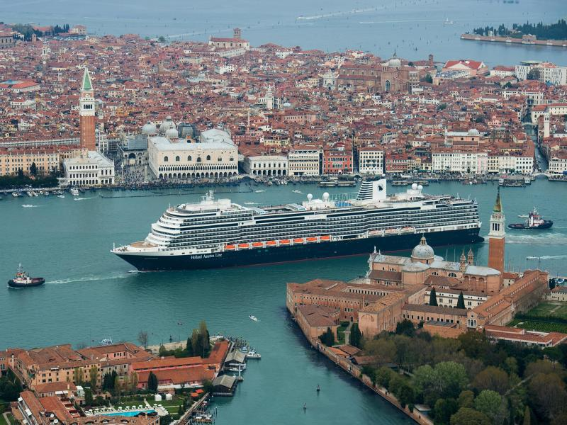 Bild zu Das Kreuzfahrtschiff «Koningsdam»