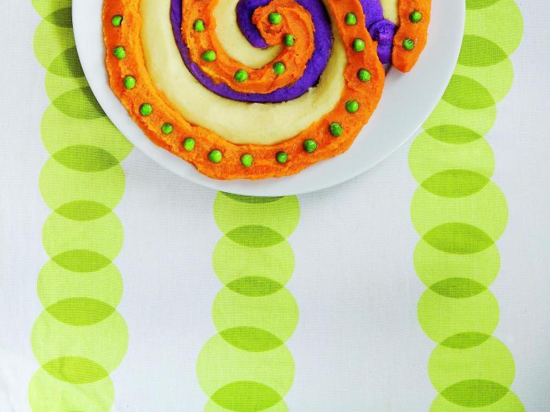 Bild zu Drei-Brei-Teller mit grünen Punkten