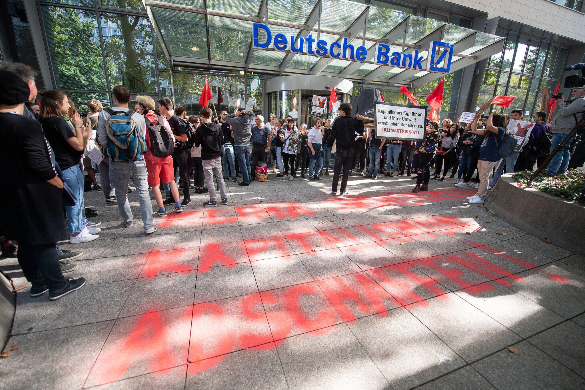 Bild zu Globaler Klimastreik - Stuttgart