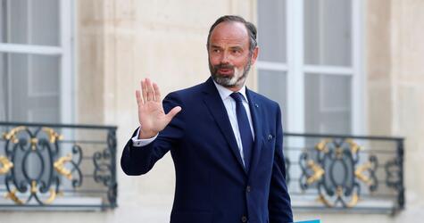 Frankreichs Regierung reicht Rücktritt ein