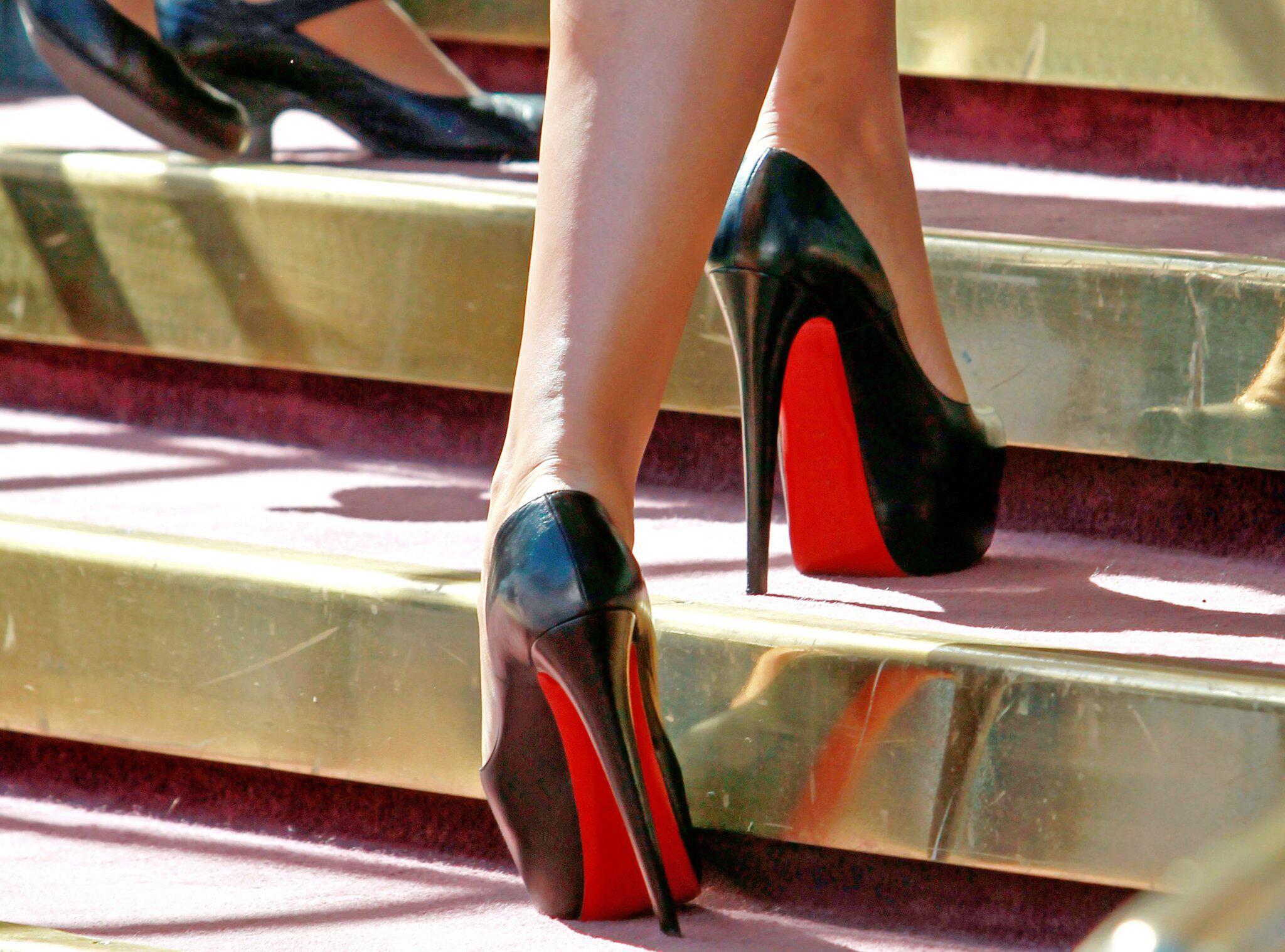 Bild zu Louboutin-Schuhe