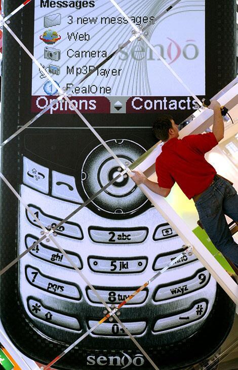 Bild zu Überdimensionales Handy