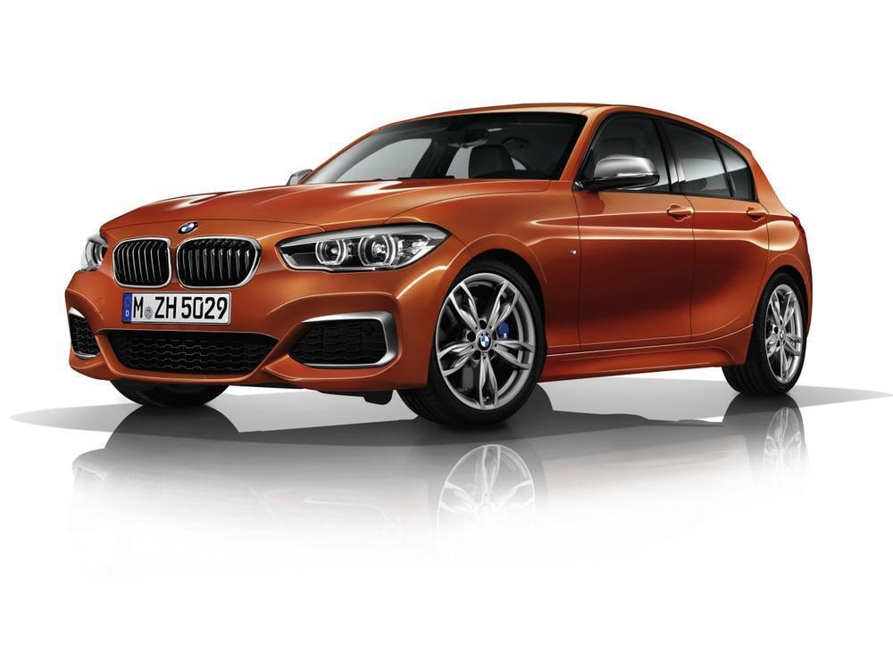 Bild zu BMW M140i