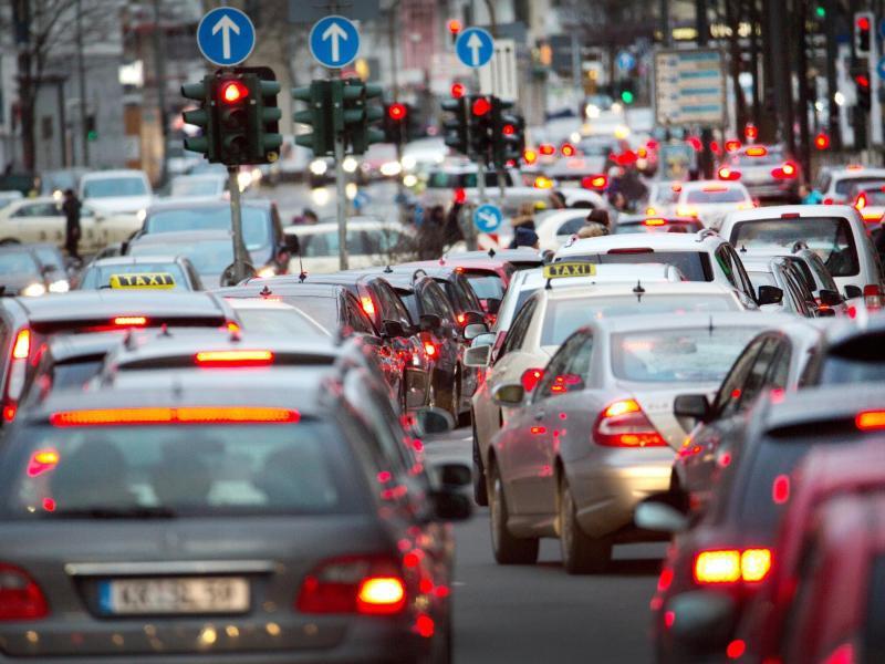 Bild zu Verkehr in Düsseldorf