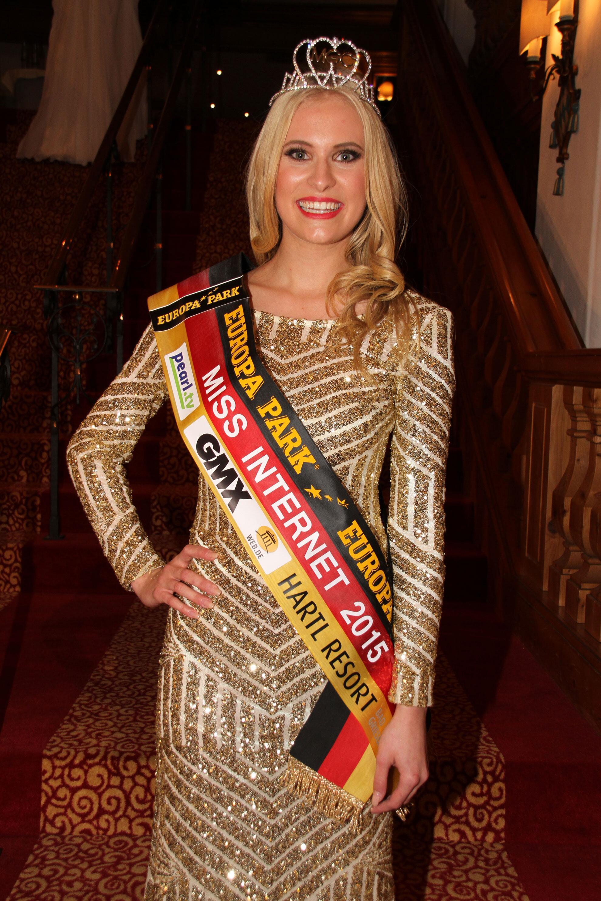 Bild zu Miss Internet 2015