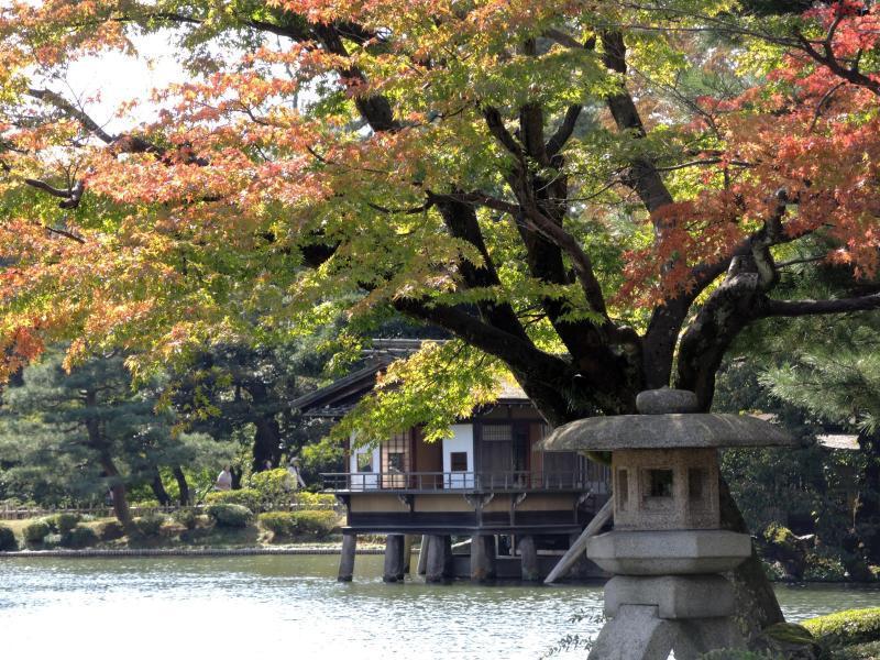 Bild zu Herbst im Garten Kenroku-en
