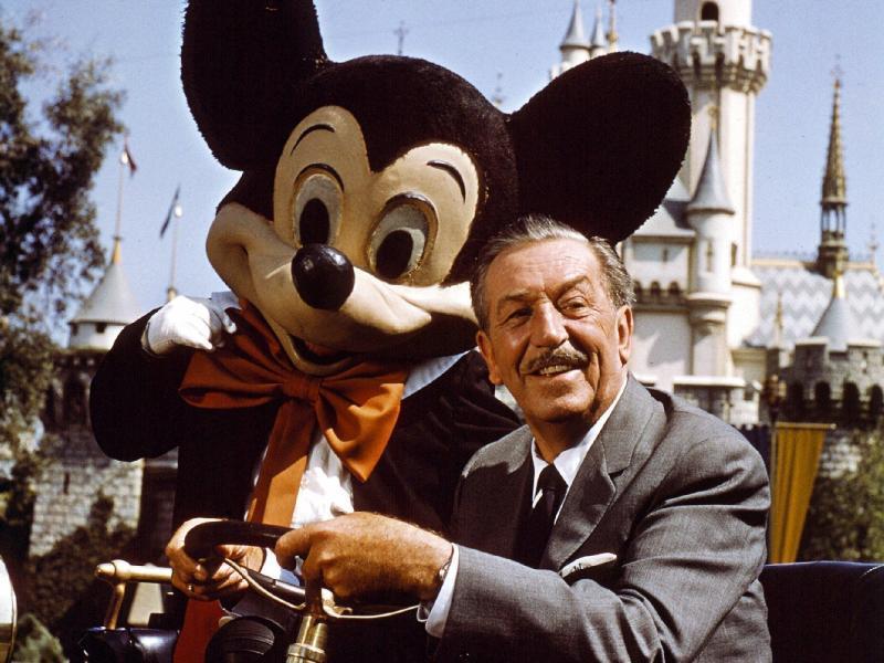 Bild zu Filmproduzent Walt Disney