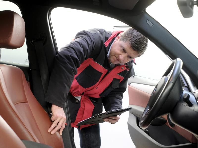 Bild zu Von 20 bis 250 Euro: Was Gebrauchtwagen-Checks kosten