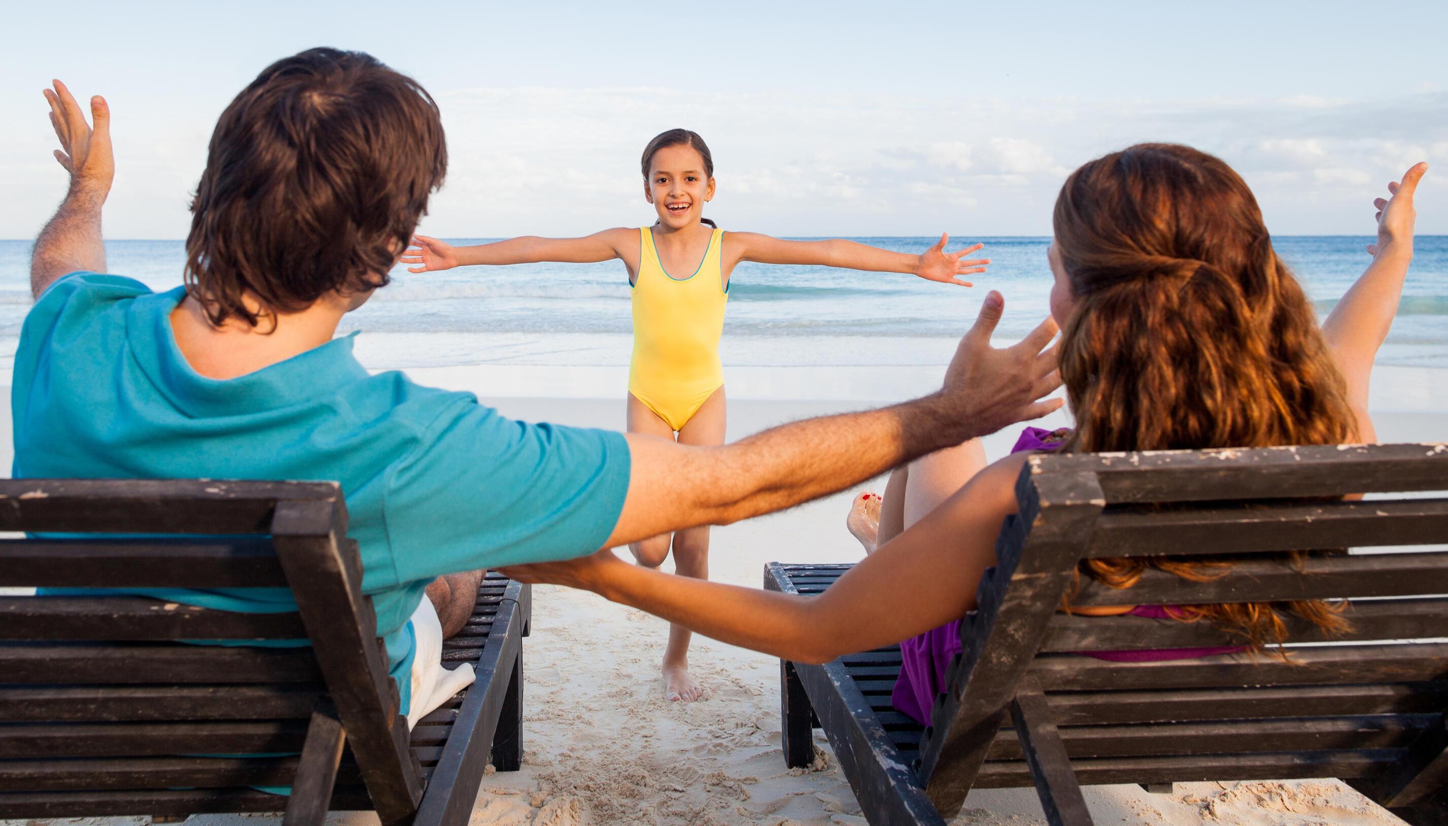 Bild zu Horizontal Parenting, Spiele im Liegen