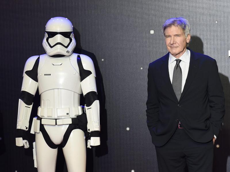 """Bild zu Ford bei der """"Star Wars-Premiere in London"""