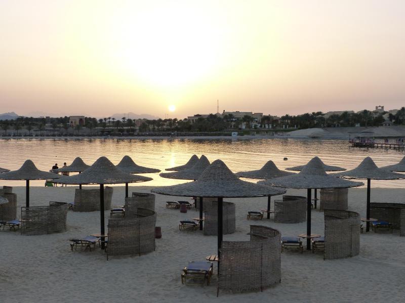 Bild zu Strand am Roten Meer