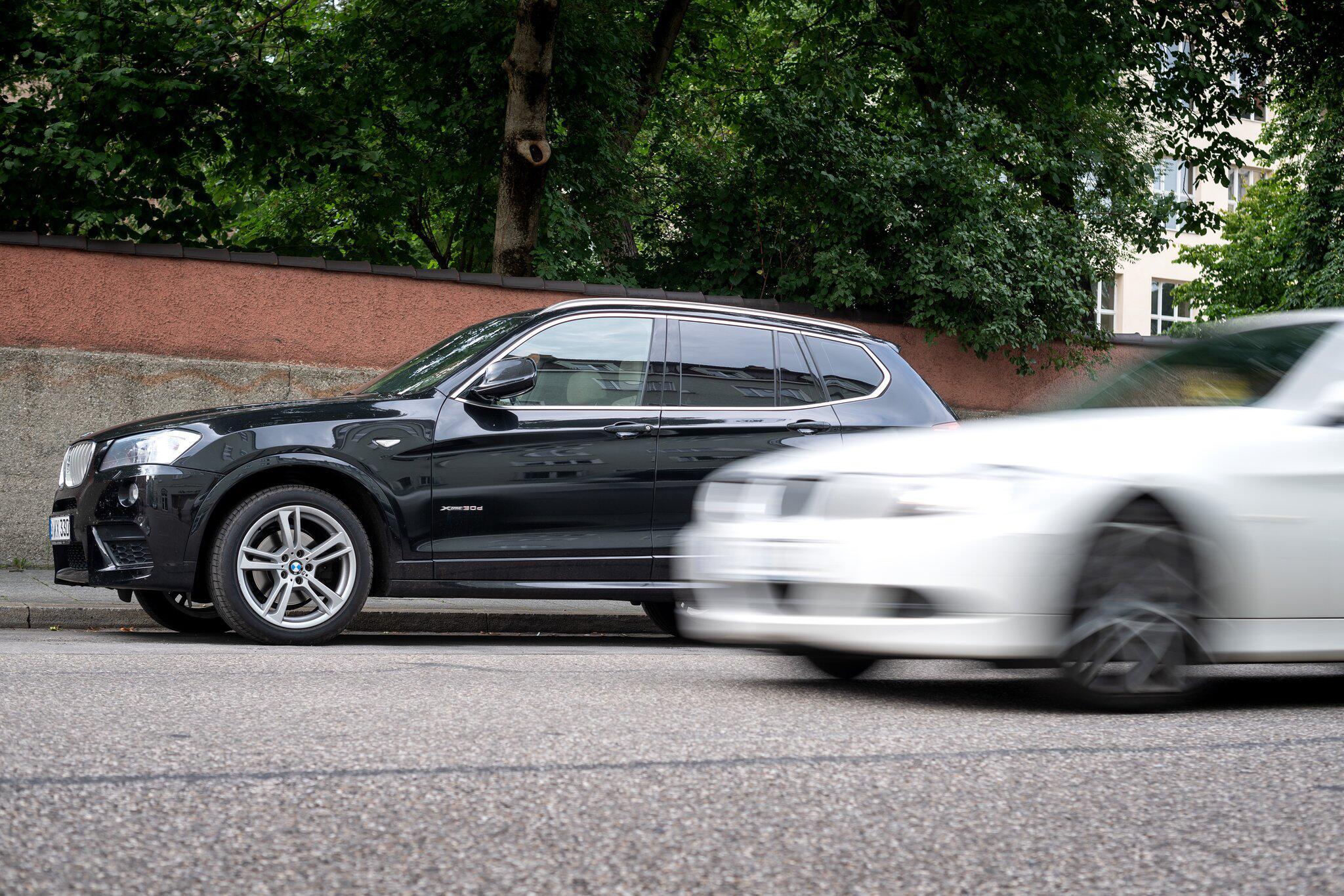 Bild zu Debatte nach SUV-Unfall