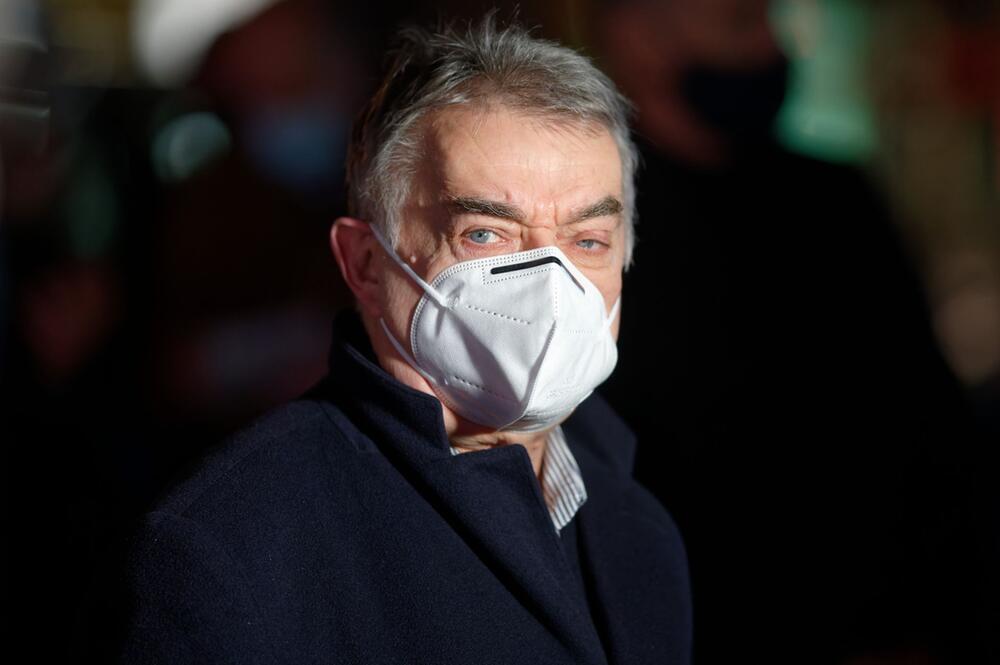 Coronavirus - NRW-Innenminister Reul positiv getestet