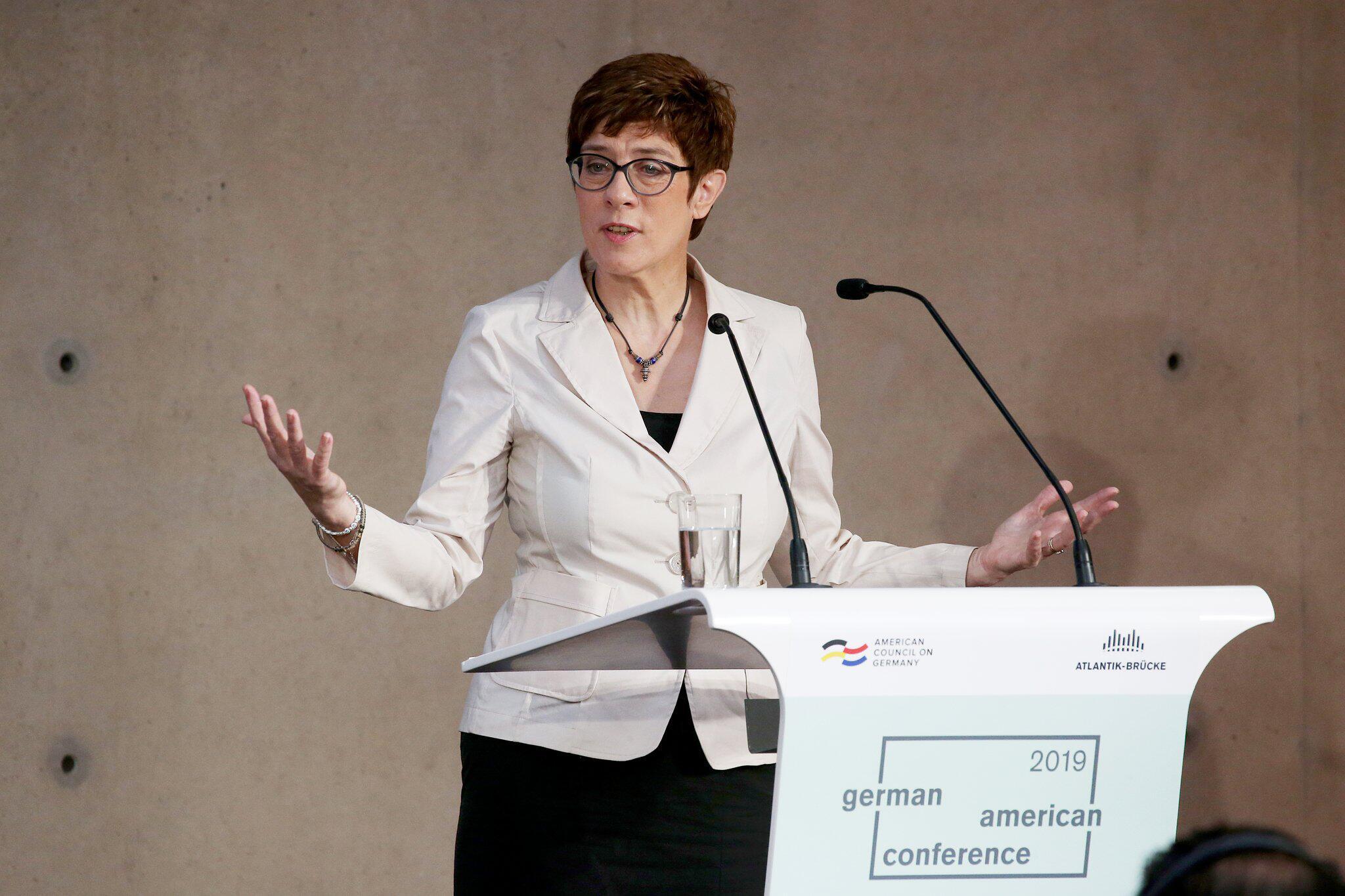 USA: Kramp-Karrenbauer bekennt sich zu Zwei-Prozent-Ziel der Nato